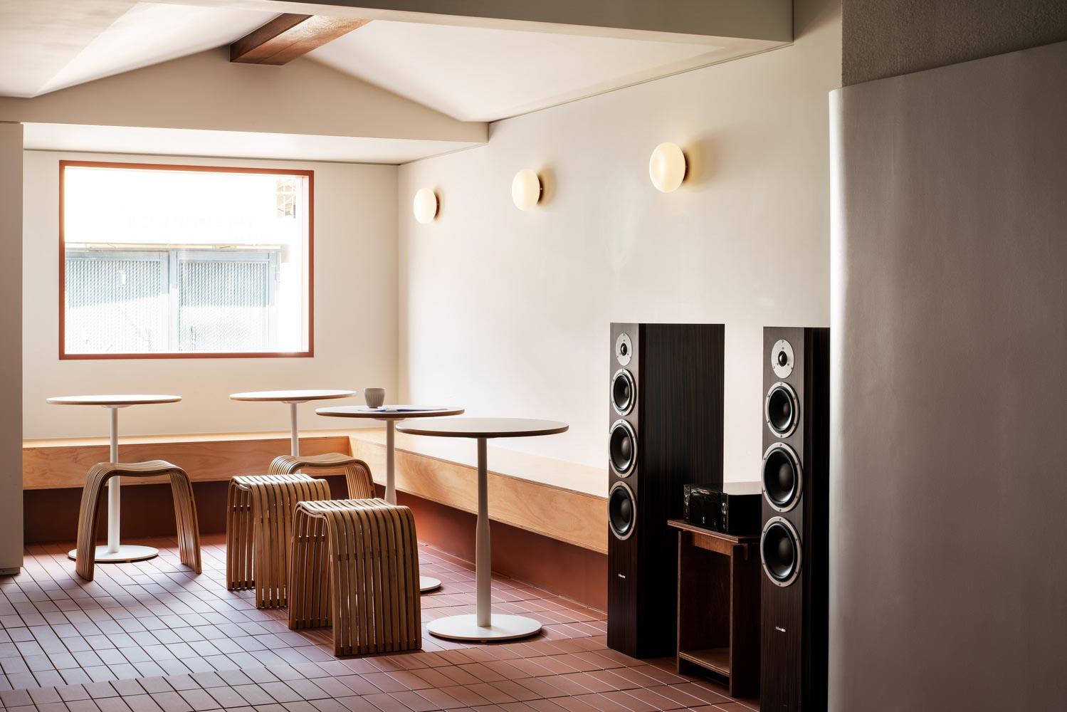 thiết kế quán cà phê